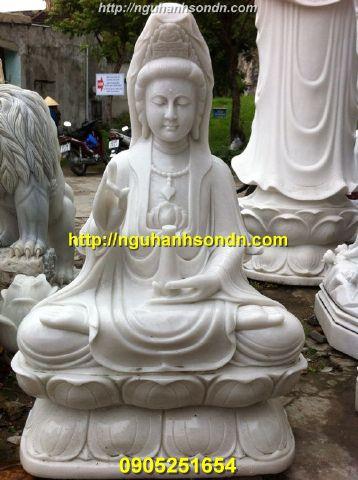 Tượng Phật Quan Âm  ngồi bằng đá cẩm thạch
