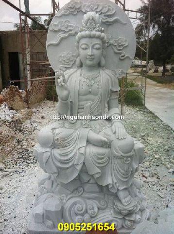 Tượng Phật Quan Âm tự tại đá nguyên khối